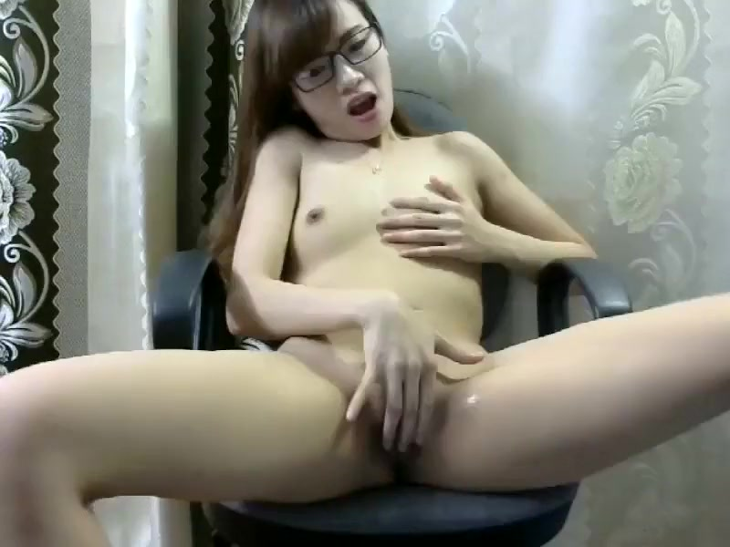 Kimjoonhee92 private record on 08/24/15 11:06 from Chaturbate