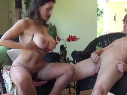 Real stepmom seduces her stepson and makes him eat her pussy